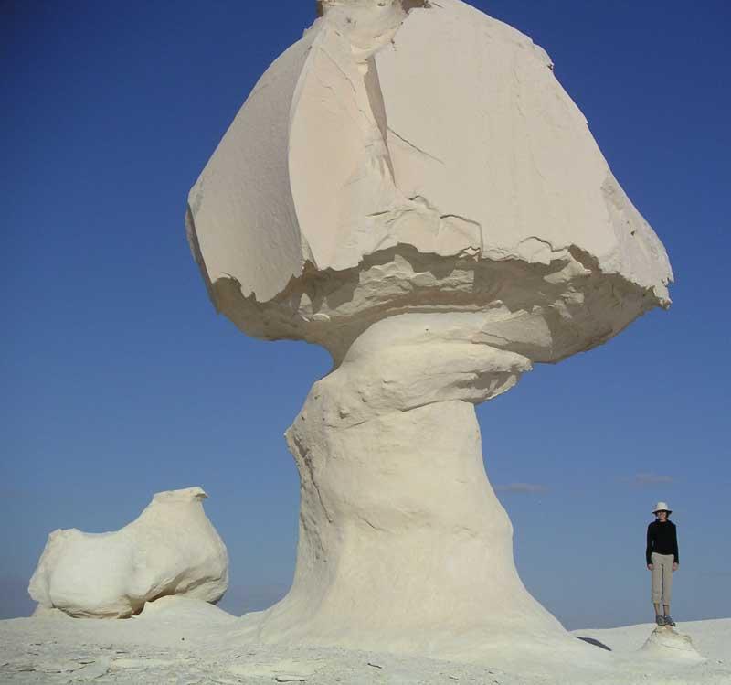 White Desert Egypt Appproach Quides