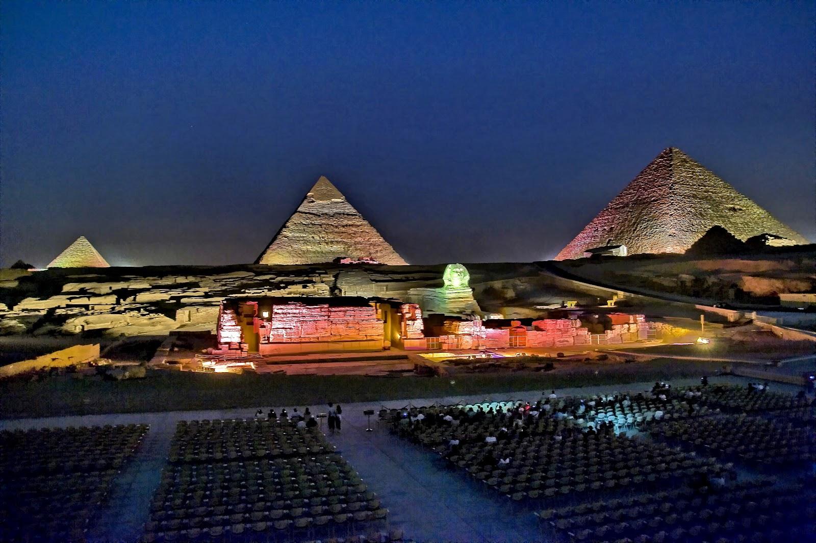 sound and light show PYramids of Giza