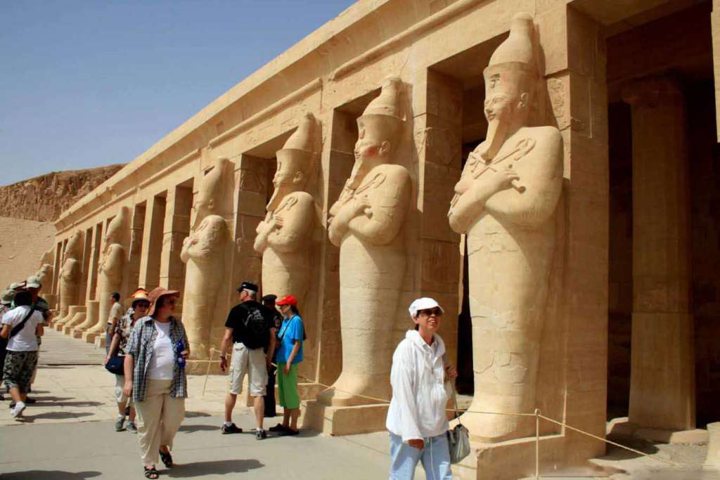 Egypt travel package Cairo and Luxor tour
