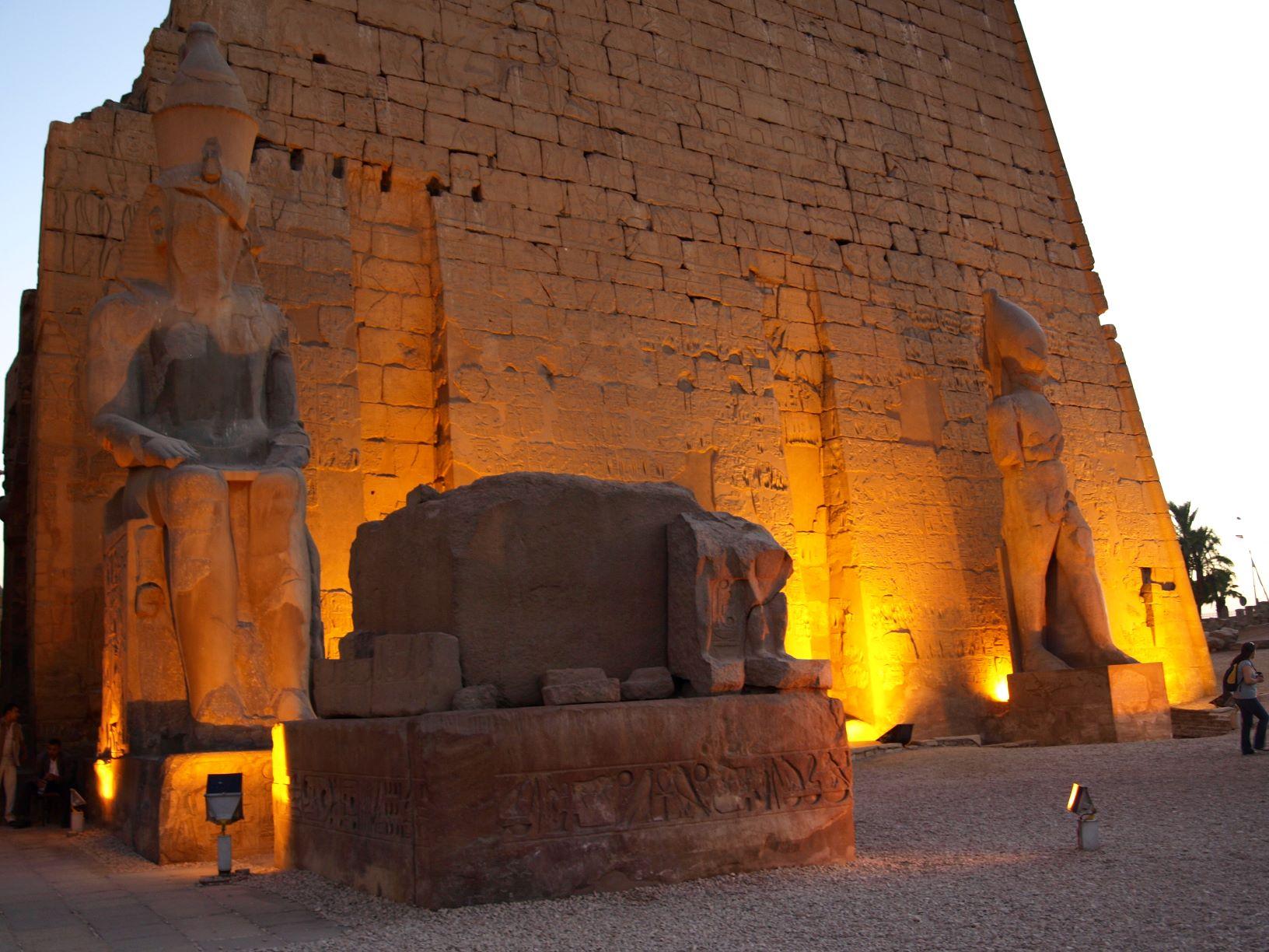 Egypt Luxury ts Egyptour by Deluxe Tour