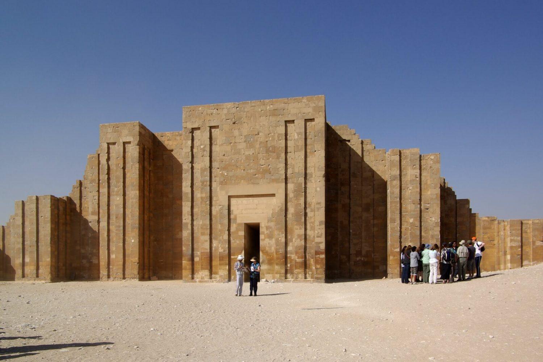 Memphis Sakkara tours from airport, Deluxe Tours Egypt