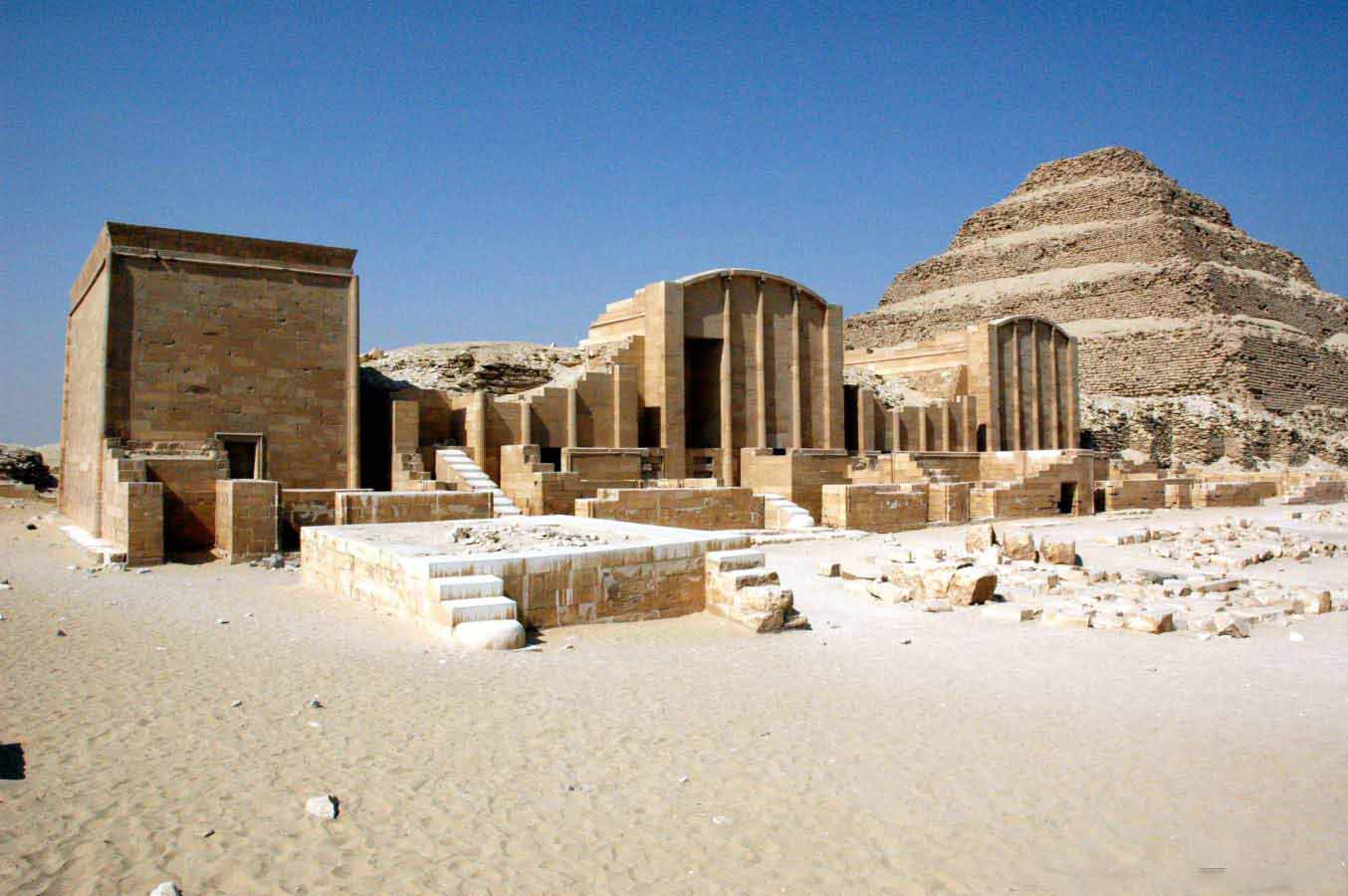 Cairo Tour Pyramids of Giza Memphis and Sakkara