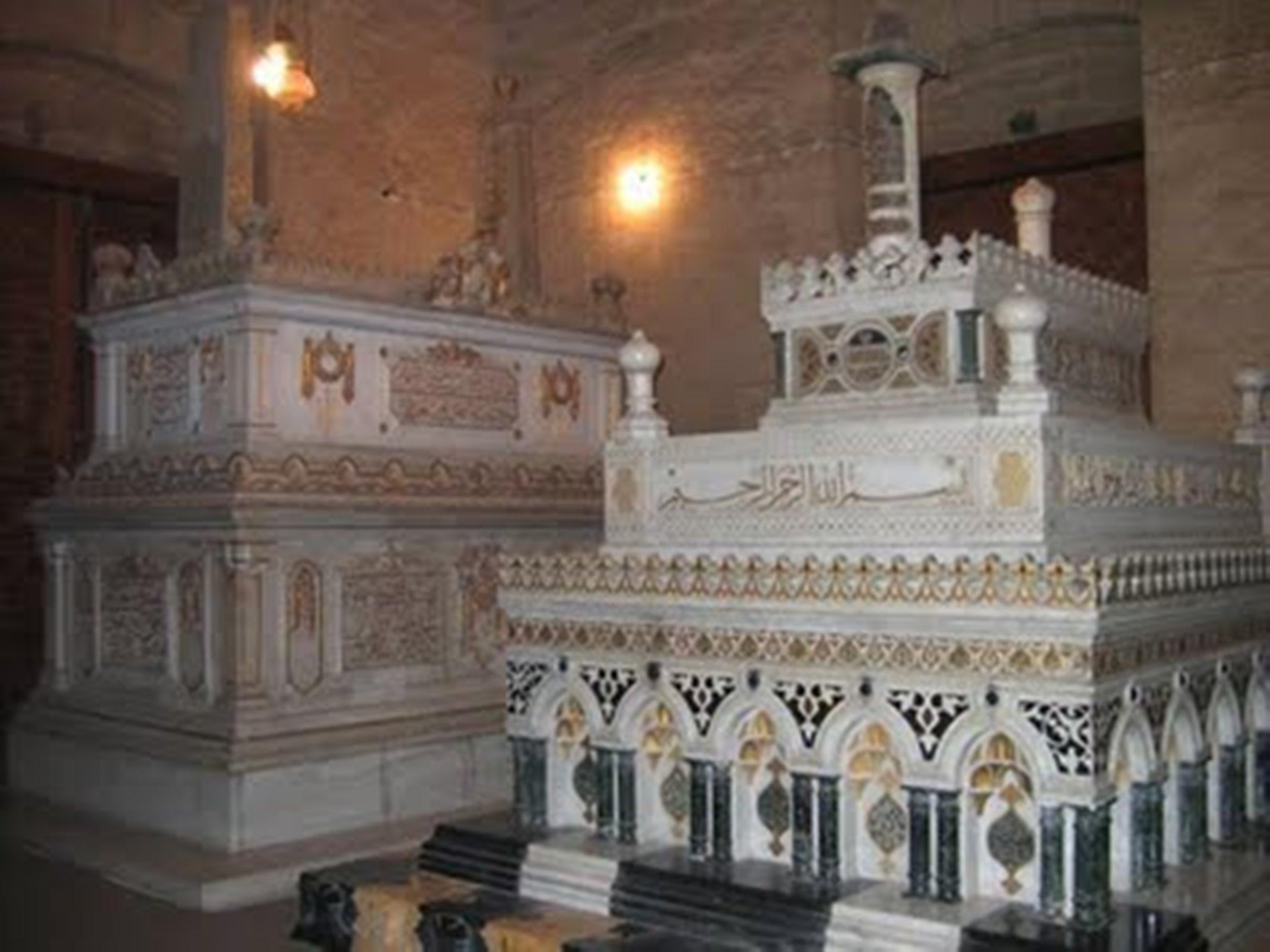 Rifai Mosque Nur Hanem shrine