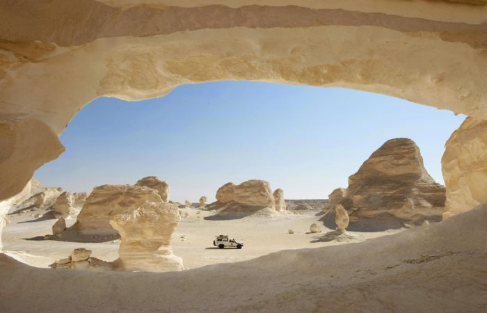 Egypt desert safari, desert adventure tours. white desert Egypt