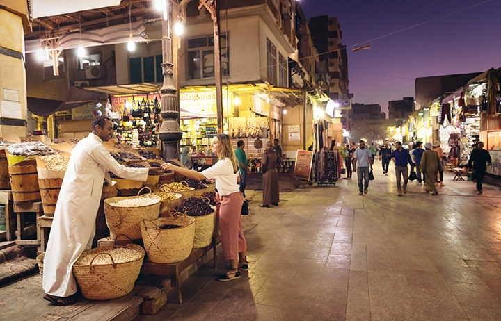 Aswan souq, Shari al souq in aswan, aswan market