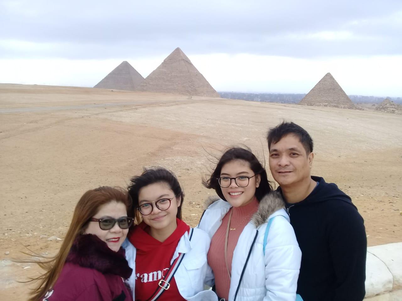 Cairo tours, Cairo half day tours, Pyramids of Giza tour, Egypt tours, Deluxe Tours Egypt