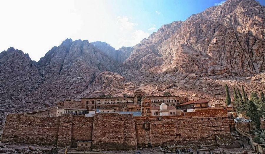 sinai, st caterine monastery, day tour to st caterine, trips to st Catherine monastery