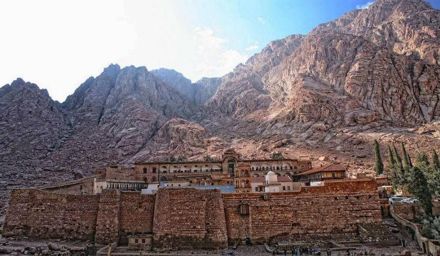 sinai, st caterine monastery, day tour to st caterine, trips to st Catherine monastery