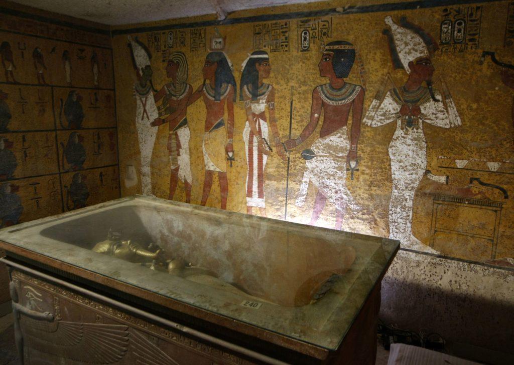 tut ankh amun, tomb of tut ankh amun, tut ankh amun tomb, luxor