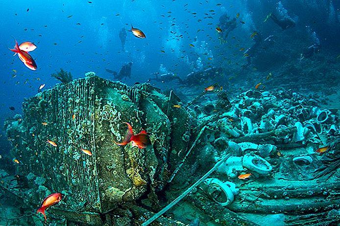 Sharm El Sheikh, Yolanda reefs, Deluxe Tours Egypt