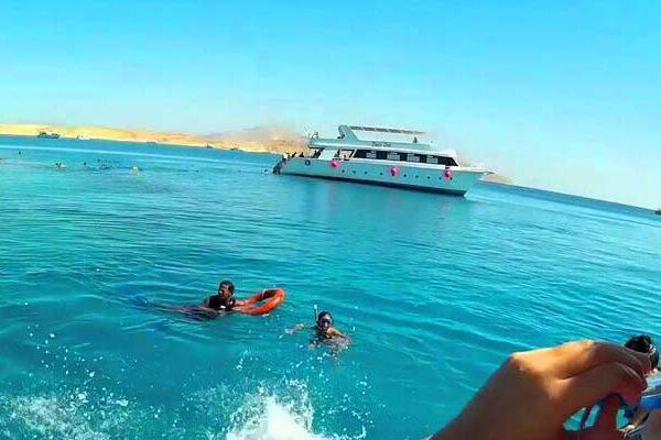 Tiran Island, Sharm El Sheikh tours, Tiran Island snorkeling trip