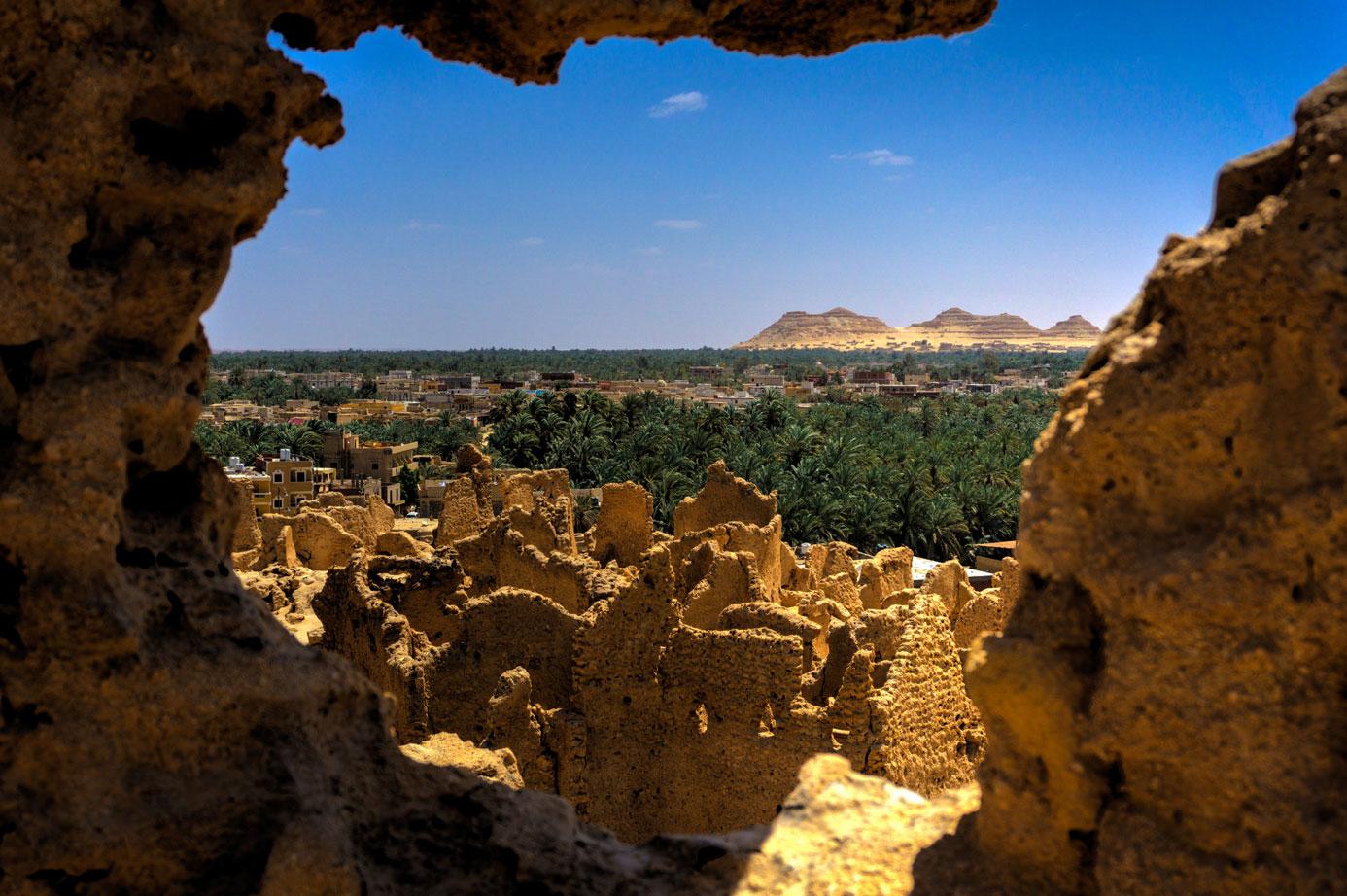siwa, siwa egypt, siwa Oasis egypt, the oasis of siwa, deluxe tours egypt, travel to siwa, cairo to siwa, dakrour mountain, siwa dakrour mountain