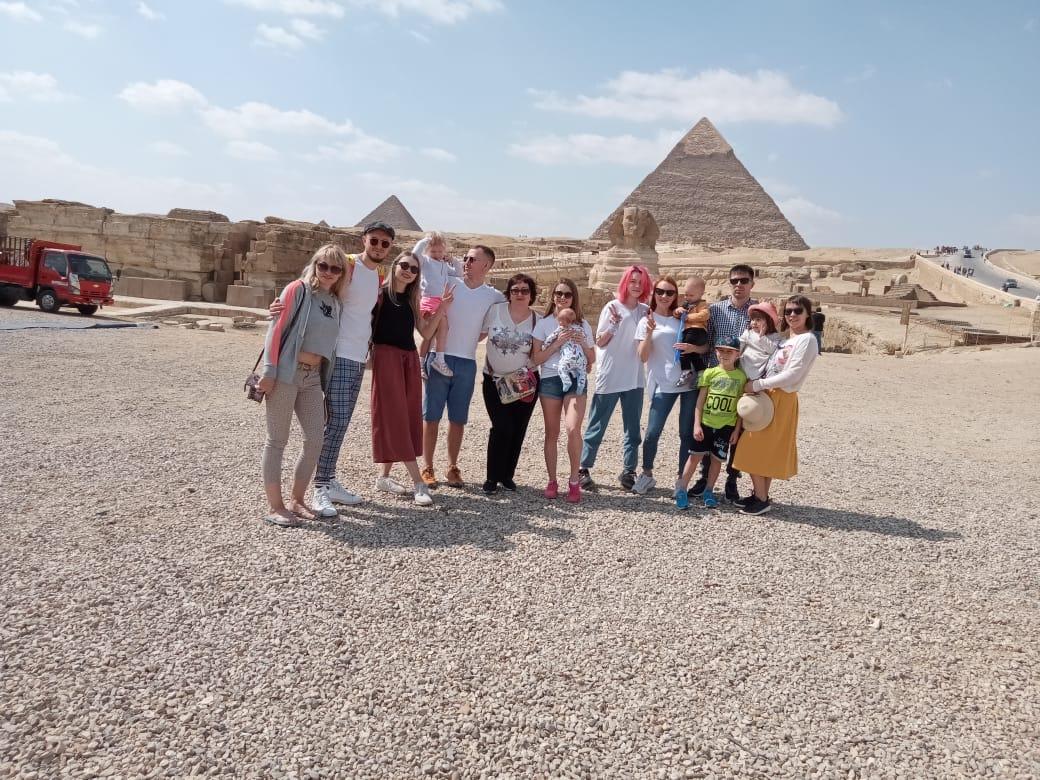 Egypt holidays, Egypt family holidays, trips to Egypt, holidays to Egypt, pyramids, pyramids tour, cairo pyramids tour, trip to Giza pyramids, trip to Giza pyramid with kids, deluxe tours egypt, deluxe travel egypt, cairo
