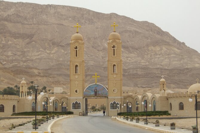 st anthony monastery, monastery of st anthony, hurghada tour to st anthony monastery